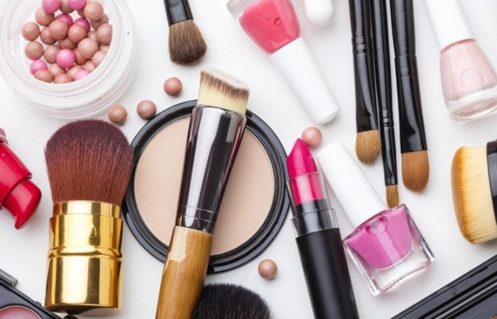 Avoid Inconveniences With Your Makeup